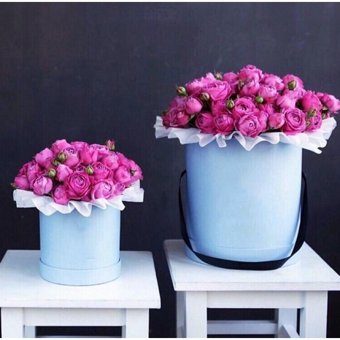 15 кустовых розовых роз в коробке R037