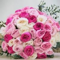 Большой букет 45 пионовидных роз R022
